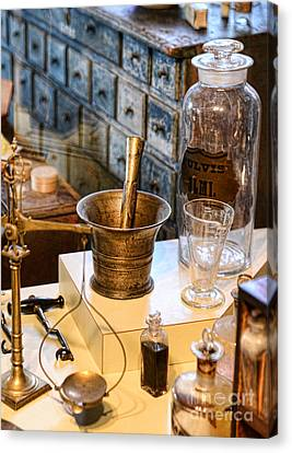 Pharmacist - Brass Mortar And Pestle Canvas Print by Paul Ward
