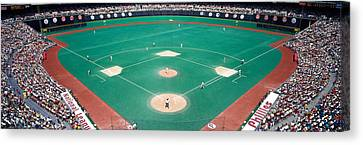 Phillies Vs Mets Baseball Game Canvas Print by Panoramic Images