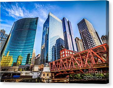 Photo Of Chicago Buildings At Lake Street Bridge Canvas Print by Paul Velgos