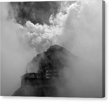 Pilatus Unveiled Canvas Print by Aaron S Bedell