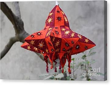 Pipli Lanterns Canvas Print by 48craft