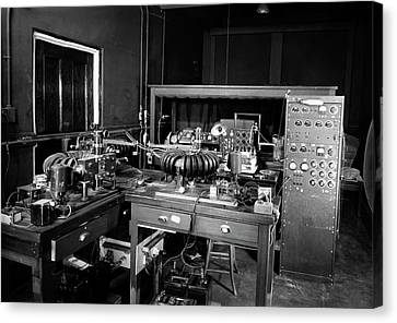 Plant Physiology Laboratory Equipment Canvas Print by American Philosophical Society