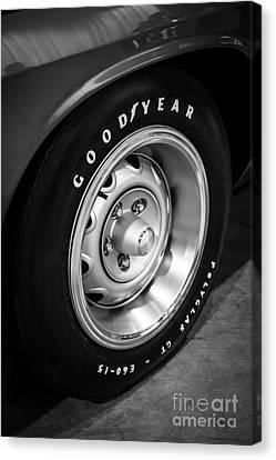 Plymouth Cuda Rallye Wheel Canvas Print by Paul Velgos