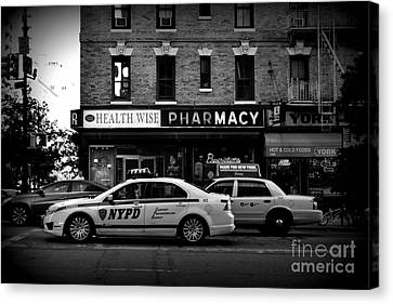 N Y P D Noir - Police Car Canvas Print by Miriam Danar