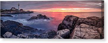 Portland Head Light And A Cloudy Sunrise Canvas Print by Scott Lynde