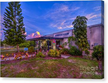 Post #138 Canvas Print by Marvin Spates
