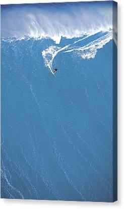 Power Turn Canvas Print by Sean Davey