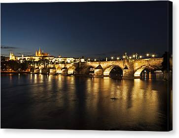 Prague At Night. Canvas Print by Fernando Barozza