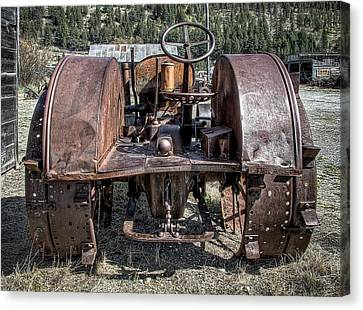 Pulling End Of Mccormick-deering Tractor Canvas Print by Daniel Hagerman