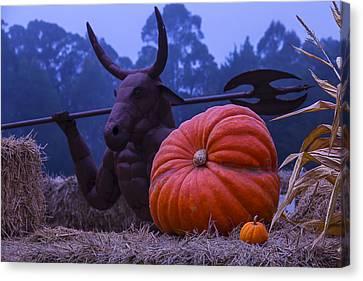 Pumpkin And Minotaur Canvas Print by Garry Gay