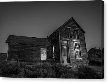 Quinville House Canvas Print by Cat Connor