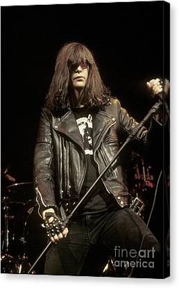 Ramones - Joey Ramone Canvas Print by Concert Photos