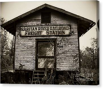 Raritan River Railroad Canvas Print by Colleen Kammerer