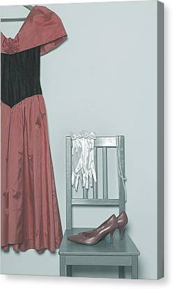 Ready To Go Out Canvas Print by Joana Kruse