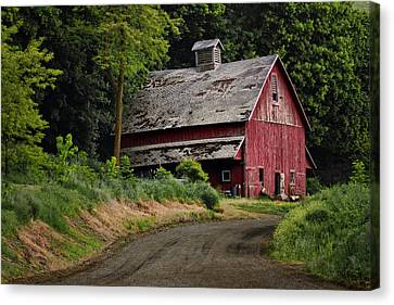 Red Barn - County Road  Canvas Print by Nikolyn McDonald