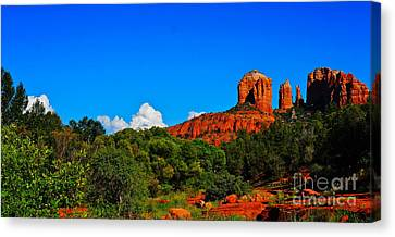 Red Rock Crossing Canvas Print by Tracey McQuain