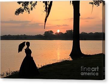 Reflecting Sunrise Belle Canvas Print by Leslie Kirk