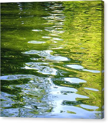 Reflections On Madrid Canvas Print by Roberto Alamino