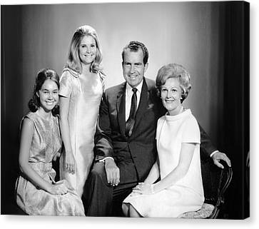 Richard Nixon And Family Canvas Print by Underwood Archives