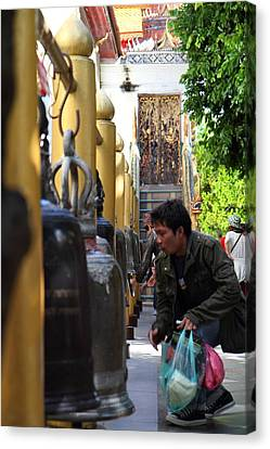 Ringing Of The Bells - Wat Phrathat Doi Suthep - Chiang Mai Thailand - 01131 Canvas Print by DC Photographer
