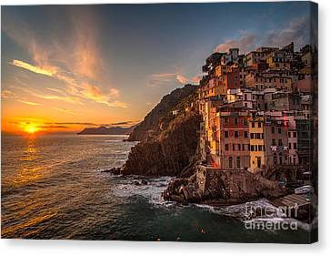 Riomaggiore Rolling Waves Canvas Print by Mike Reid