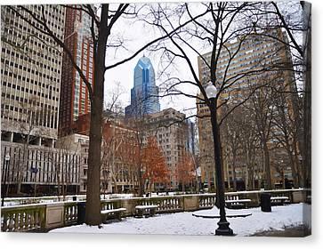 Rittenhouse Square In Wintertime Canvas Print by Bill Cannon