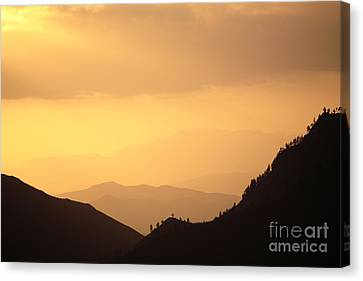 Riviersonderend Mountains Canvas Print by Neil Overy