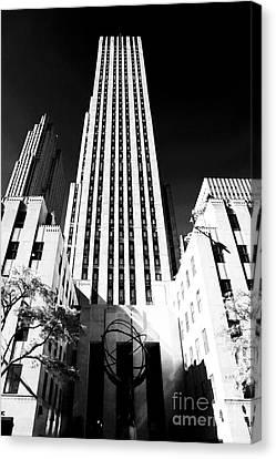 Rockefeller Center Canvas Print by John Rizzuto
