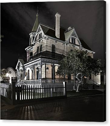 Rosson House Haunted Black And White Canvas Print by Dave Dilli