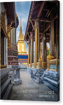 Royal Grand Palace Columns Canvas Print by Inge Johnsson
