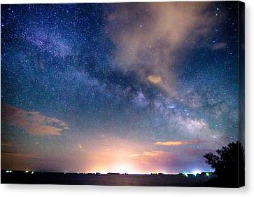 Rural Evening Sky  Canvas Print by James BO  Insogna