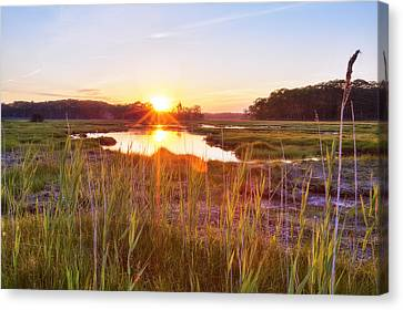 Rye Marsh Sunset Canvas Print by Eric Gendron