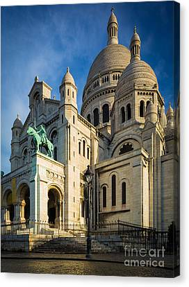 Sacre Coeur At Dawn Canvas Print by Inge Johnsson