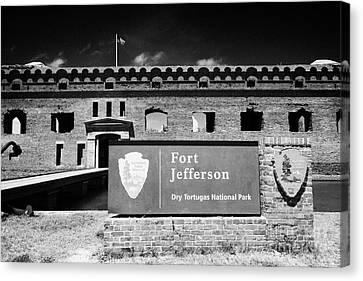 Sally Port Entrance To Fort Jefferson Dry Tortugas National Park Florida Keys Usa Canvas Print by Joe Fox