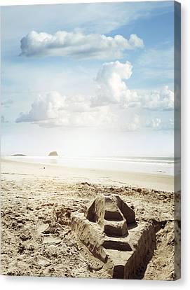 Sand Castle Canvas Print by Les Cunliffe
