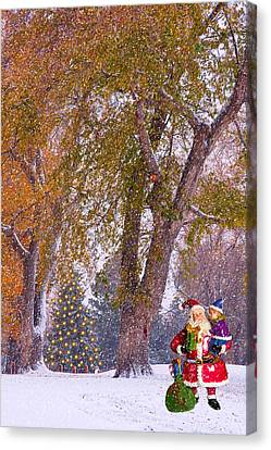 Santa Claus In The Snow Canvas Print by James BO  Insogna