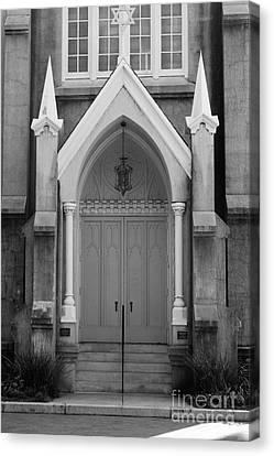 Savannah Synagogue B Canvas Print by Jennifer Apffel