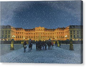 Schonbrunn Christmas Market Canvas Print by Joan Carroll