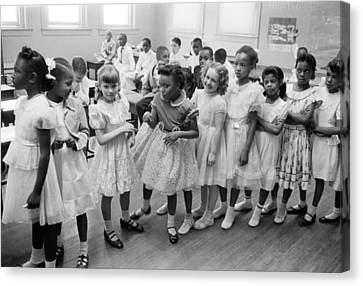 School Integration In 1955 Canvas Print by Underwood Archives