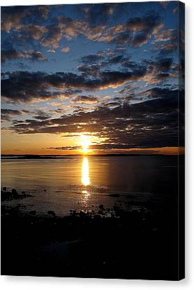 Sea Bank Sunrise Canvas Print by Donnie Freeman