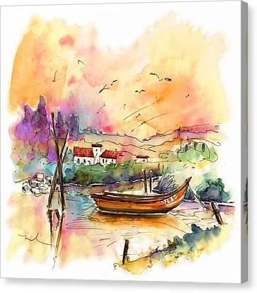 Seascape In Portugal 02 Canvas Print by Miki De Goodaboom