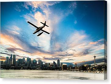 Seattle Short Final Canvas Print by Peter Irwindale
