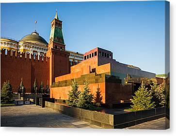 Senate Tower And Lenin's Mausoleum Canvas Print by Alexander Senin