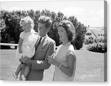 Senator John F. Kennedy With Jacqueline And Caroline Canvas Print by The Phillip Harrington Collection