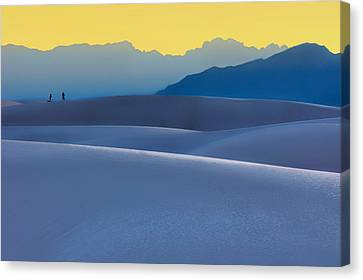 Sense Of Scale - White Sands - Sunset Canvas Print by Nikolyn McDonald