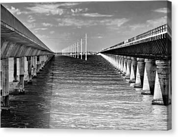 seven mile bridge BW Canvas Print by Rudy Umans