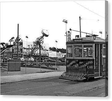 Sf Streetcar At Playland Canvas Print by Underwood Archives
