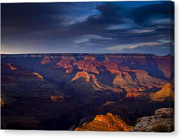 Shadows Play At The Grand Canyon Canvas Print by Andrew Soundarajan
