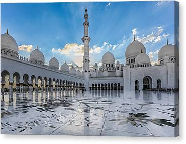 Sheikh Zayed Grand Mosque Canvas Print by Ahmed Rashed