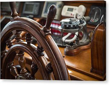 Ships Wheel Canvas Print by Dale Kincaid